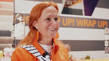 Verpackungsexpertin Ulla Büning im Interview auf dem Wrap-Up!-Stand